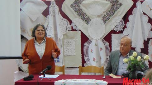 Beszédes Valéria néprajzkutató és Pastyik László irodalomtörténész is egy-egy előadással gazdagította a programot (Balázs Andrea felvétele)