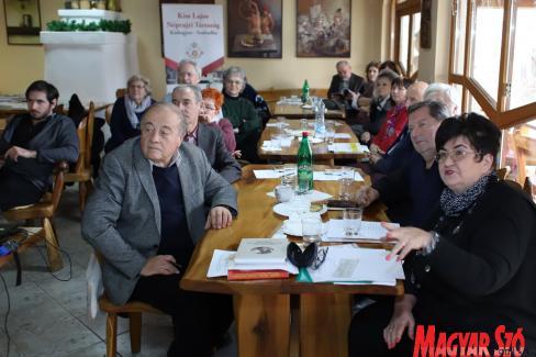 A néprajzi társaság közgyűlése (Lakatos János felvétele)