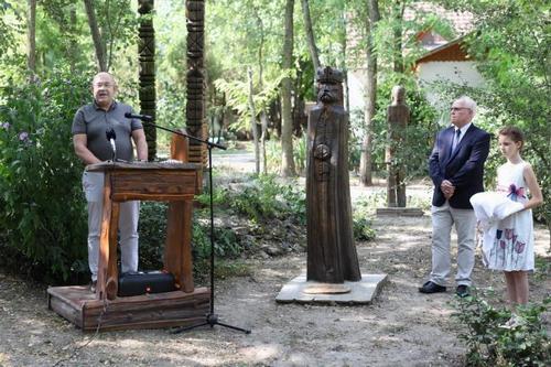 Pásztor István Szent Istvánt méltatja (Fotó: Lakatos János)